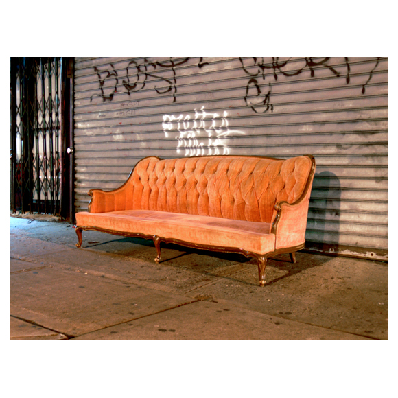 pink velvet couch, greenpoint