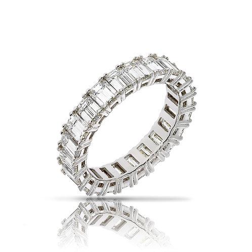 טבעת איטרנטי משובצת יהלומים