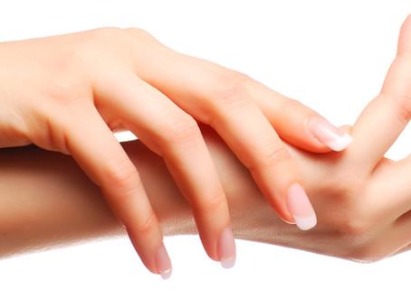 Prendre soin de ses mains (sèches)