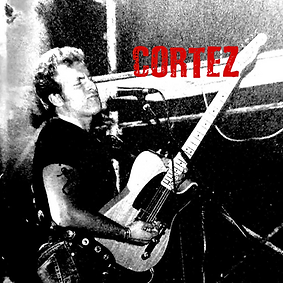 Cortez_aka_Alessandro_Bagagli_on_stage.png