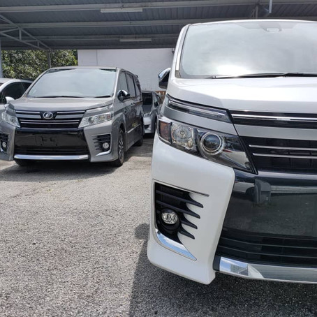 Recon Toyota Voxy 2017 Galleries