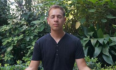 Foto yoga para todos MILITAR.JPG