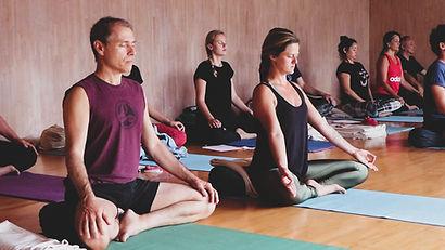 foto sociales Canal Om - Yoga Hormonal 2