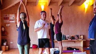 fotos sociales Canal Om - Yoga Hormonal