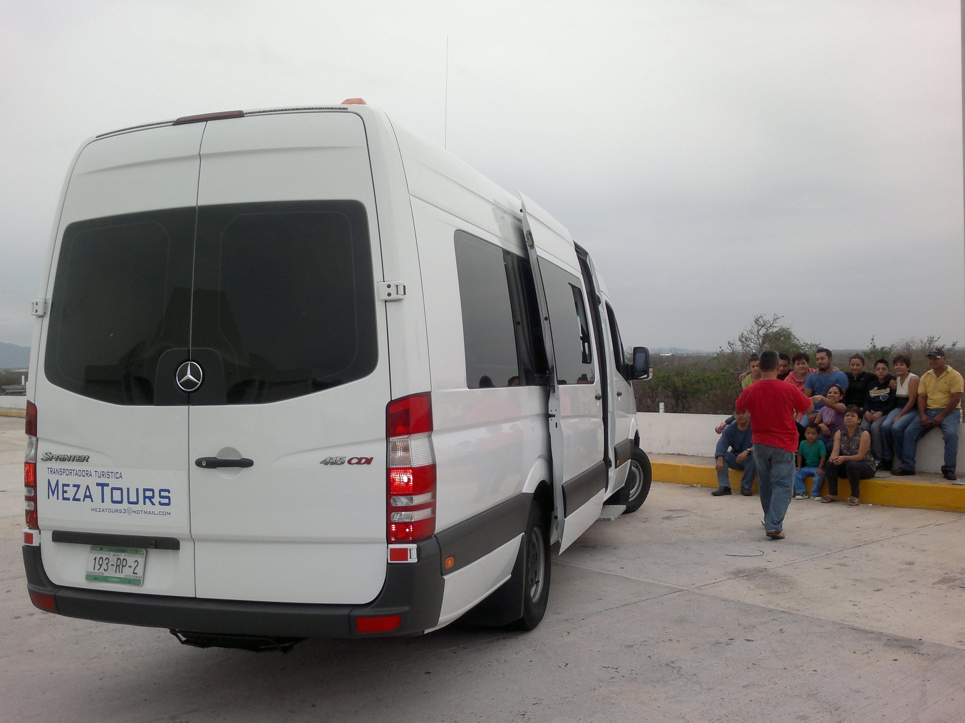 CAJUELA AMPLIA