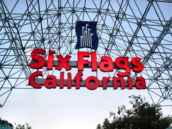 six-flags-entrada