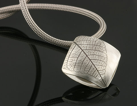 Large Leaf square on mesh necklace