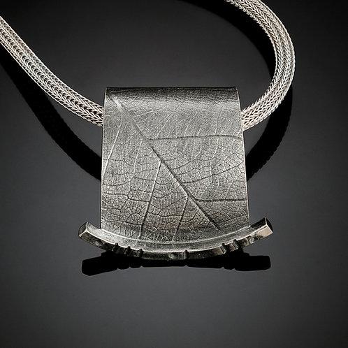 Rainforest mesh necklace, 1