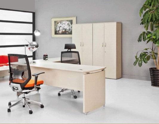 مكتب موديل