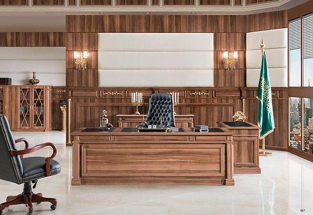 مكتب كلاسيك موديل قنصل خشب اسباني سطح جلد