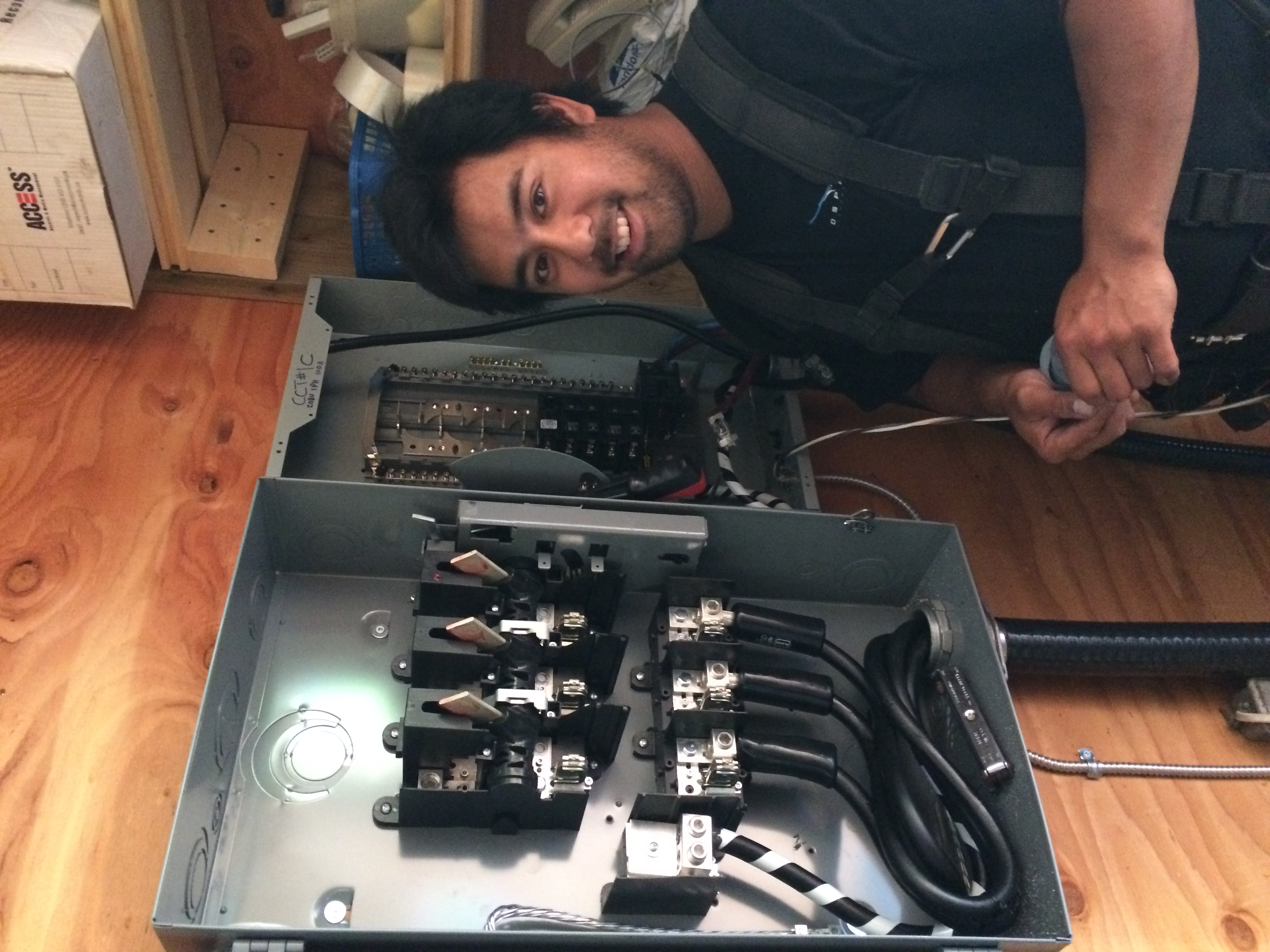 Osprey Electrician