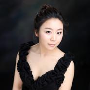 Jihee Han_headshot(10x8).jpg