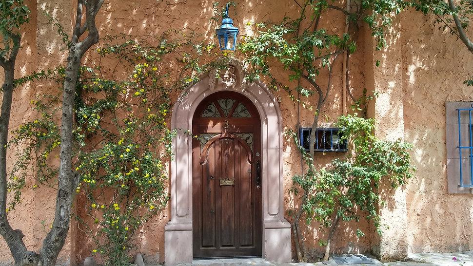 Mexican door.jpg