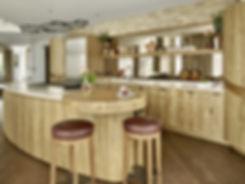 Organic oak kitchen by Splinter Work