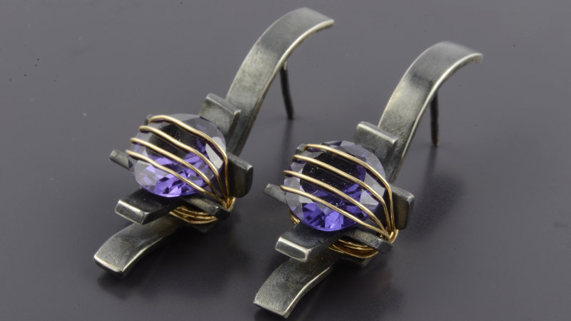 Black silver Earrings with alexandrite stone