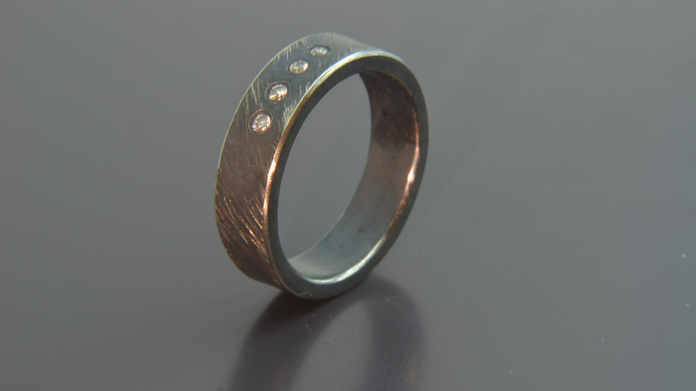 Diamant and black silver Ring