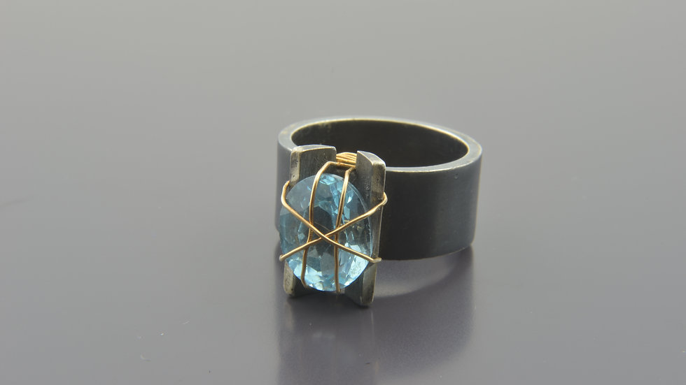 Gold filled & Silver Ring with blue topaze gemstone