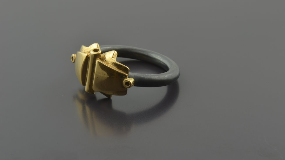 18k Gold and black silver Ring