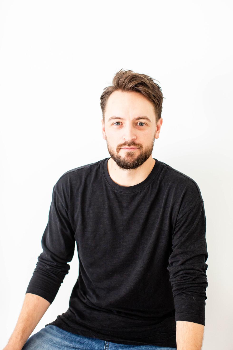 Headshot - Nashville Music Producer - Eric Arjes