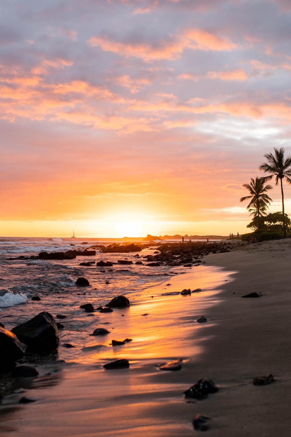 Travel - The Roommates go to Hawai'i - Part 1