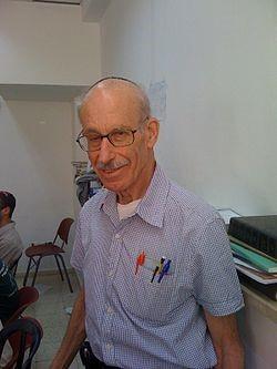 """פרופ' אלחנן י' מאיר  ז""""ל , 2014-1936: הבזקים מהעבר, קרלוס פייזר"""