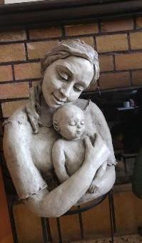 """סיפורה של מפסלת: """"המונה ליזה"""" של פולה בן גוריון - מלכה מאיר"""