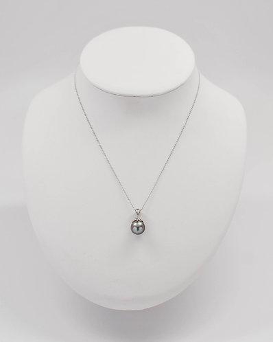 Tahitian Pearl Pendant with14K Gold Filligree Design