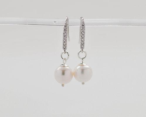 9-10mm White Freshwater Pearl Earrings