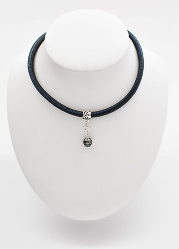 "16"" Tahitian Pearl Pendant in Blue Marine Italian Leather Cord"