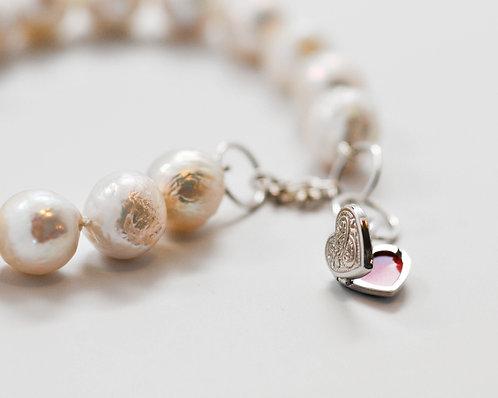 Heart Locket Wrinkle Edison Pearl Bracelet