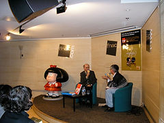Quino_Fnac_Paris_2004.JPG