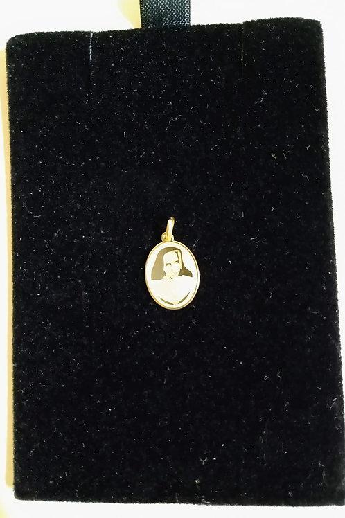Pingente em Ouro 18k Medalha do bem 04