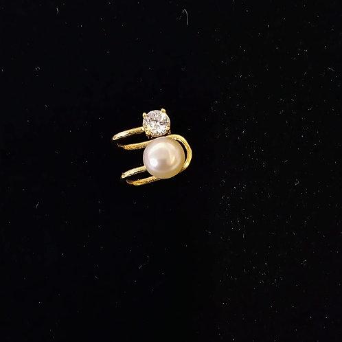Piercing em Ouro18k com Pérola e Zirconea