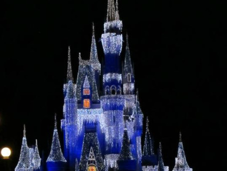 What's Happening in December at Disney Parks