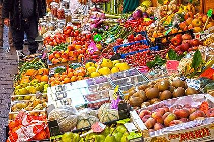 market-3272368__340.jpg