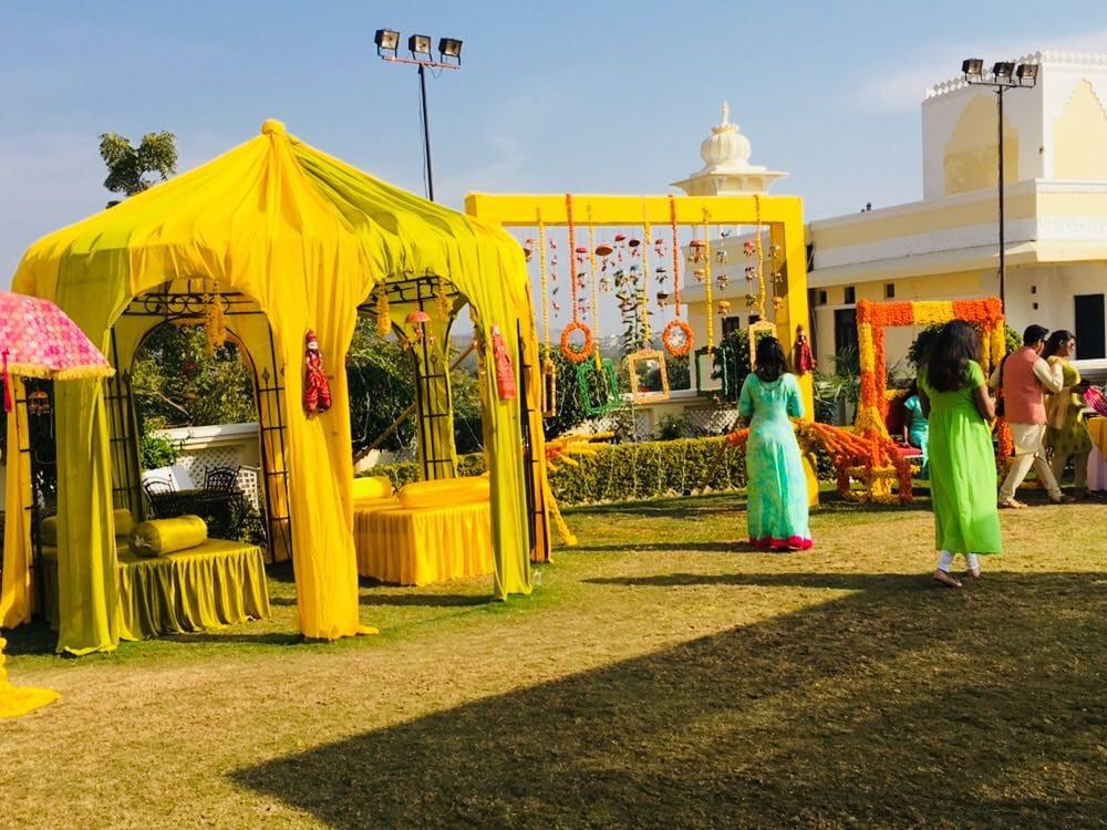 Low budget destination wedding in Udaipur at Labhgarh resort