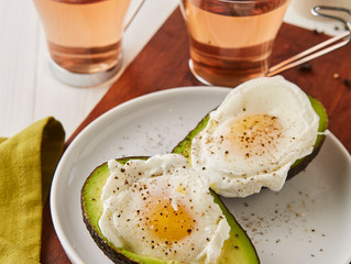 Poached eggs in Avocado