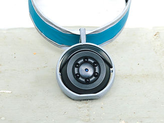 Collar cam blue silver.jpg