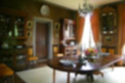 château Fontaine Henry visite calvados normandie salle à manger intérieur mobilier peinture