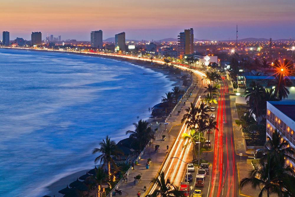 Cityscape, Mazatlan Mexico.jpg
