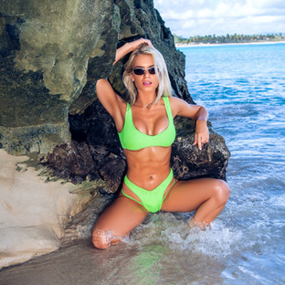 Bri Lauren Beach Model