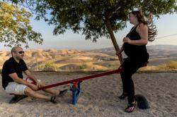 צילומי הריון בטבע, על הנדנדה
