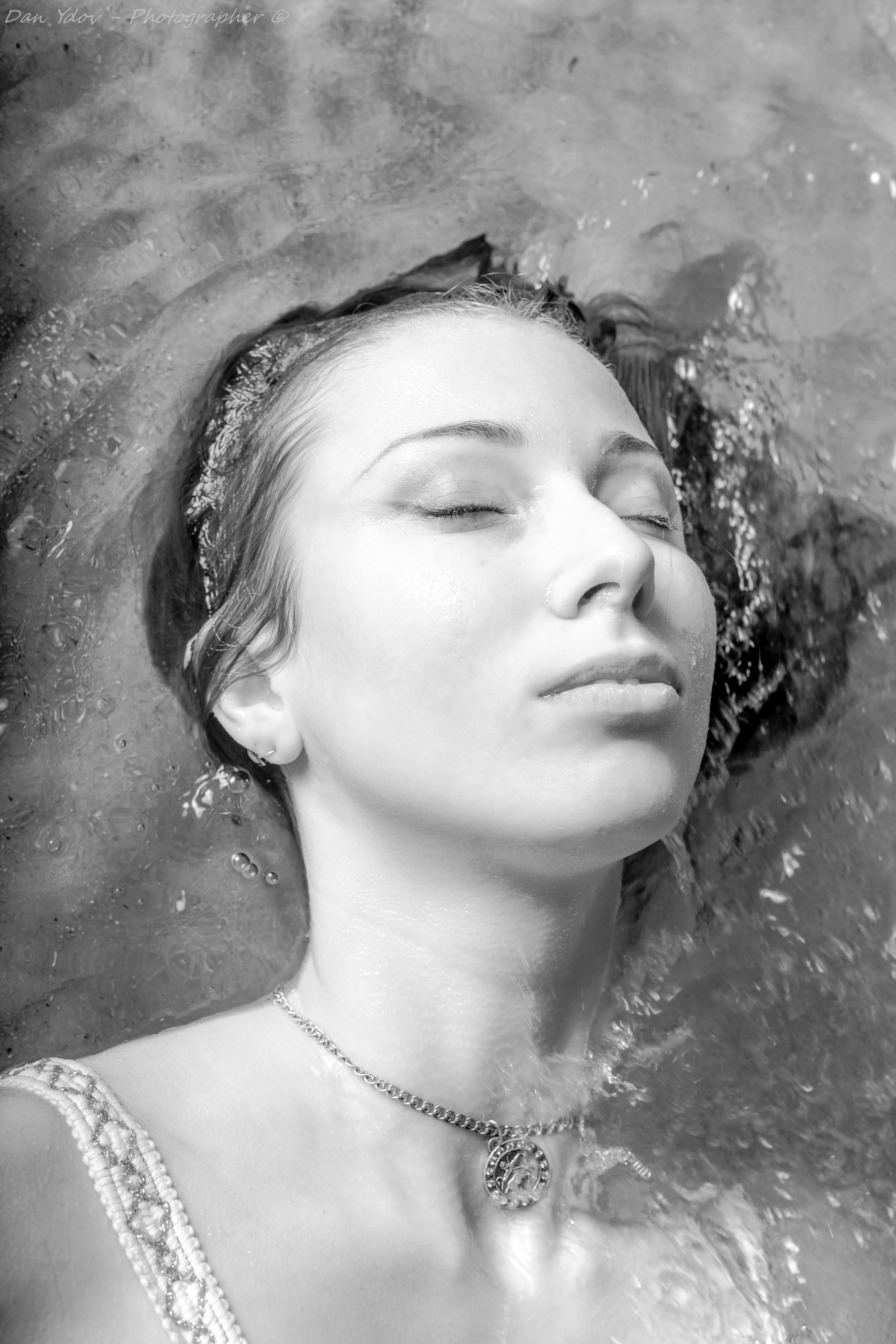 צלם פורטרט, זלטוסלבה, שחור לבן, צילו