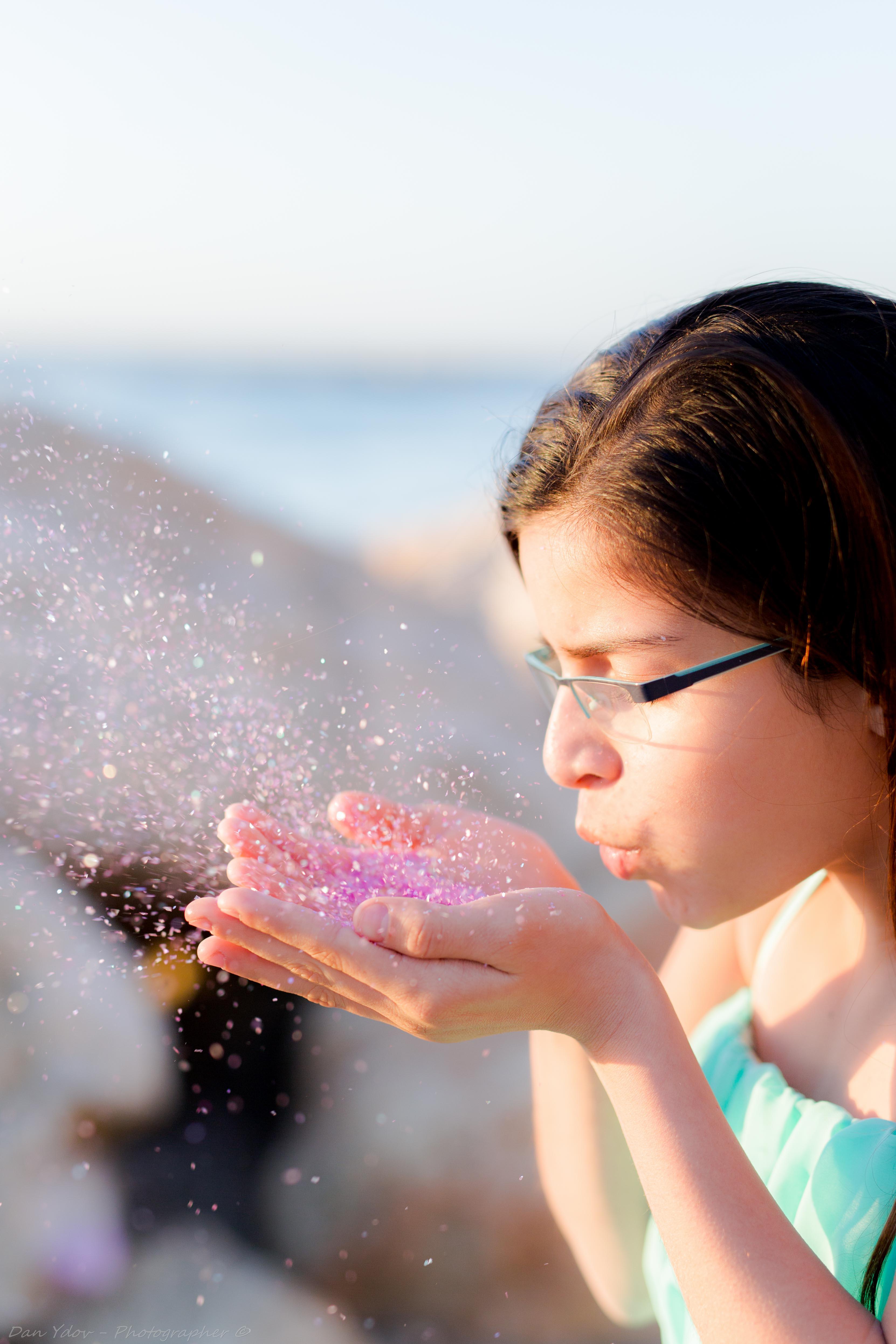 רגעי קסם, בוק בת מצווה בים