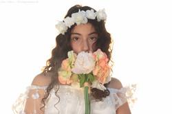 בוק בת מצווה, צלם, שי ל, פרח