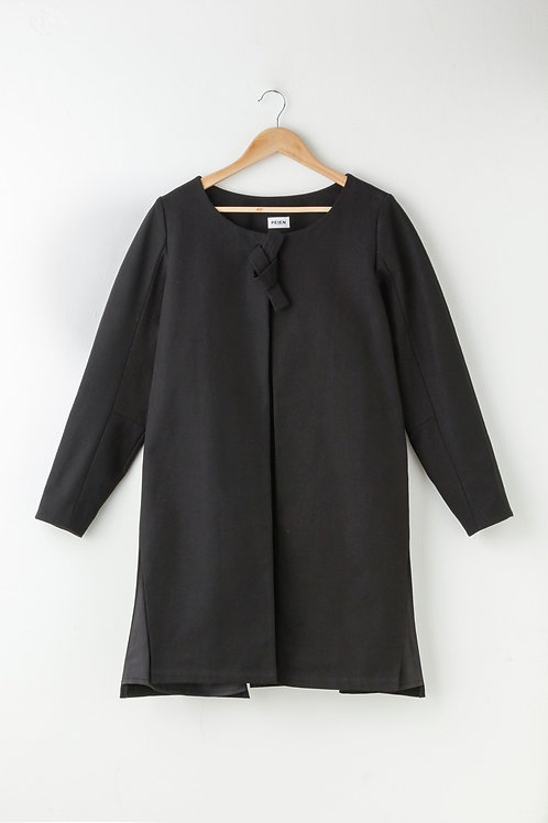 BLACK SLIT COAT