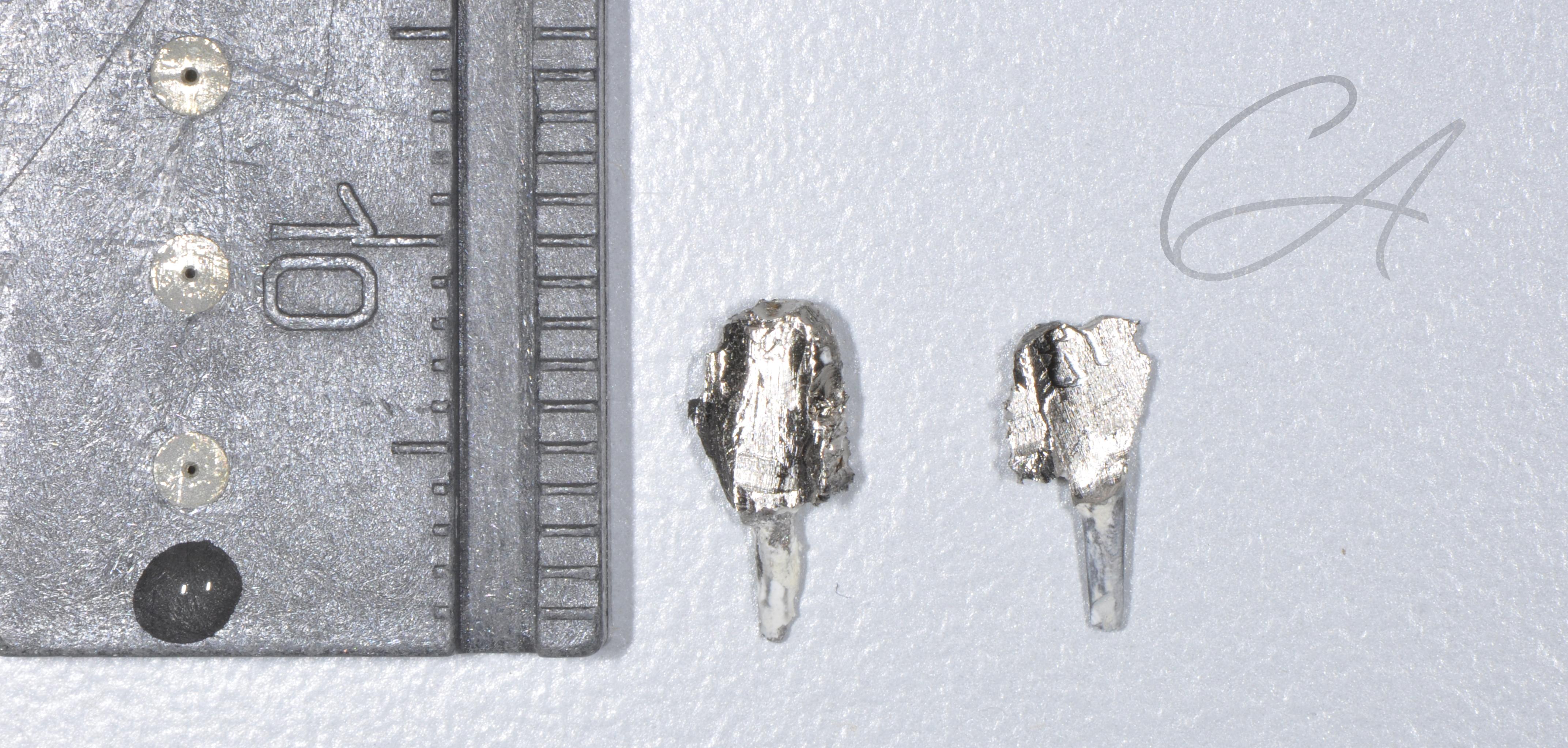 Asportazione perni e moncone metallico