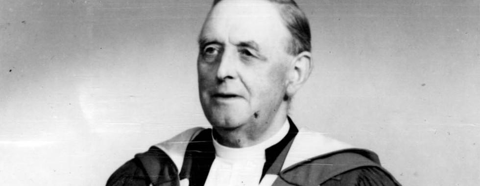 Rev Dr Alexander MacKinnon, 1918 - 1925