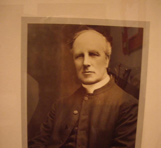 Rev. John M. Munro 1925 - 1928
