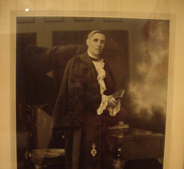 Very Rev. Dr. Alexander MacDonald 1929 - 1954